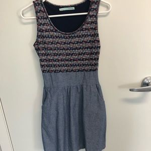 Super cute Maurices dress with pockets